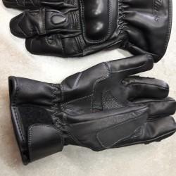 motorcycle water proof gloves  Corner