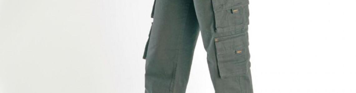 Women Cargo Riding Pants containing Kevlar®